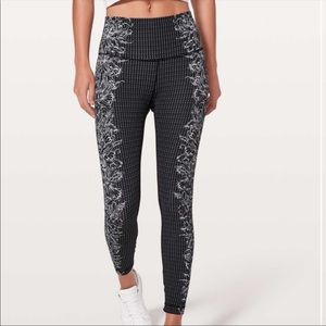 Lululemon Wunder Under Hi-Rise 7/8 White Black 10